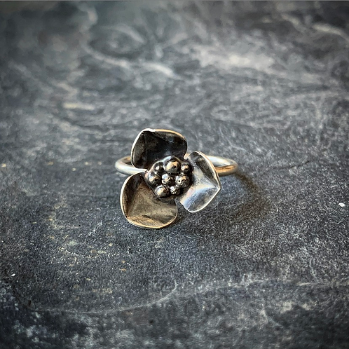 Wildflower Ring, Size 6 (Large Petal)