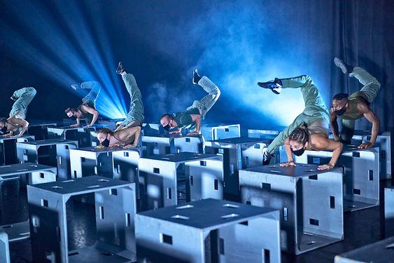 Diavolo Performers.jpg