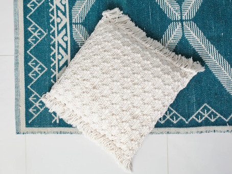 FREE PATTERN: Dawn macramé cushion
