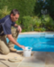 pool-technician_2000x1500.jpg