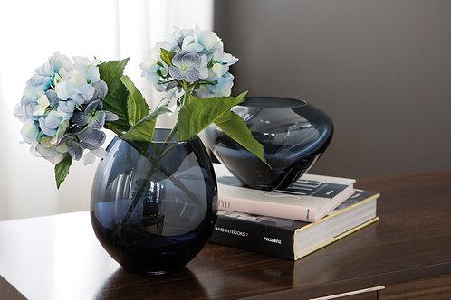 MIO Vase