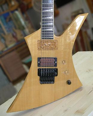 Guitarras, reparaciones,y tallas sin cat