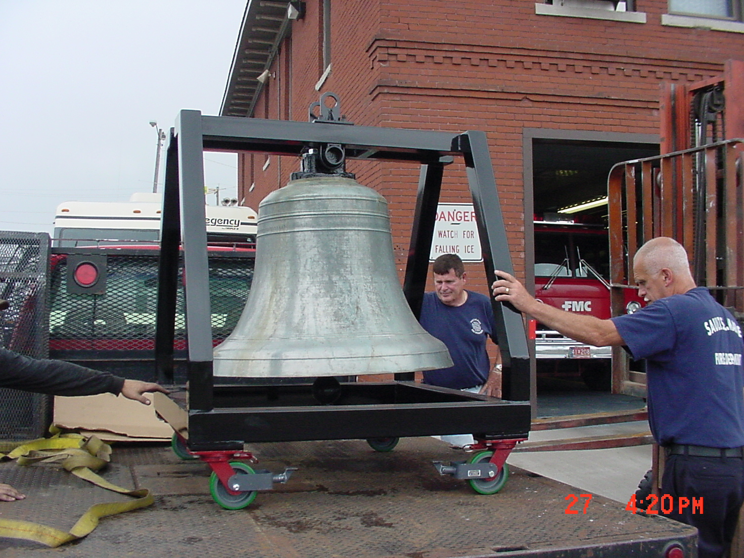 7-27-2007 - Return of The Bell 002