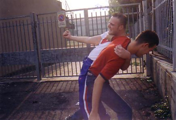 Detienen a joven por atacar a su hermano