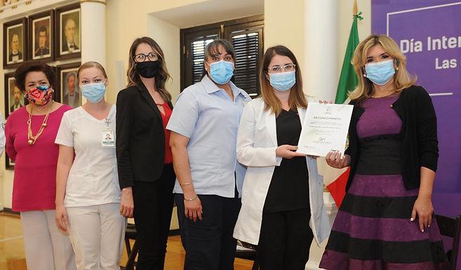 Mujeres del sector salud que atienden la contingencia, son reconocidas por el Gobierno del Estado