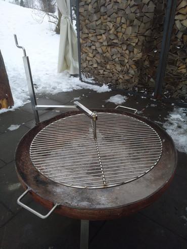 Feuerschale Grill mit Rundrost.jpg
