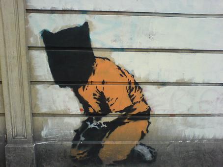 """Banksy artysta który mówi co myśli. Ma gdzieś czy będzie za to """"u Pani"""""""