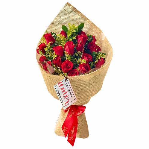 Ramalhete com 20 Rosas Vermelhas com Juta