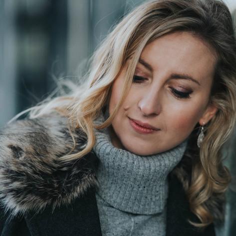 Jessica Leary (Headshot 4).jpg