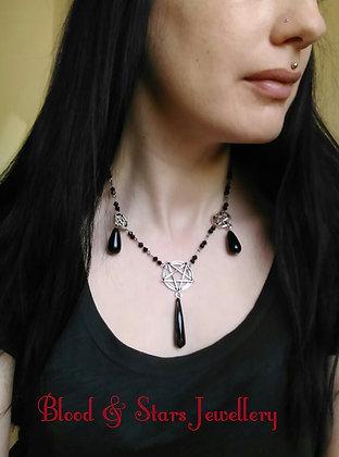 Elegant Gothic Pentagram Necklace