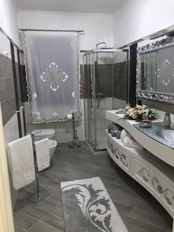 Lilium customized bathroom