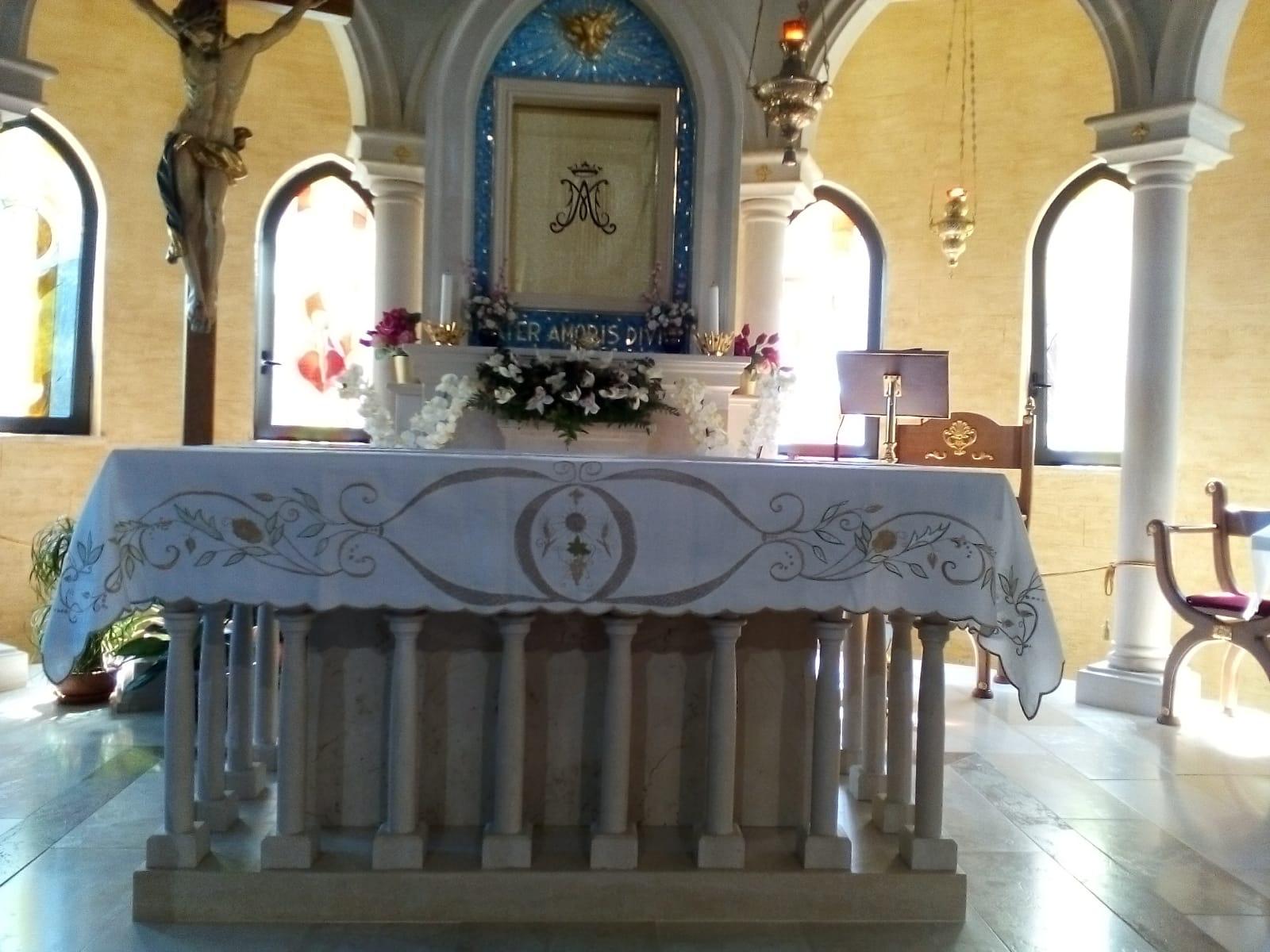 17 copri-altare