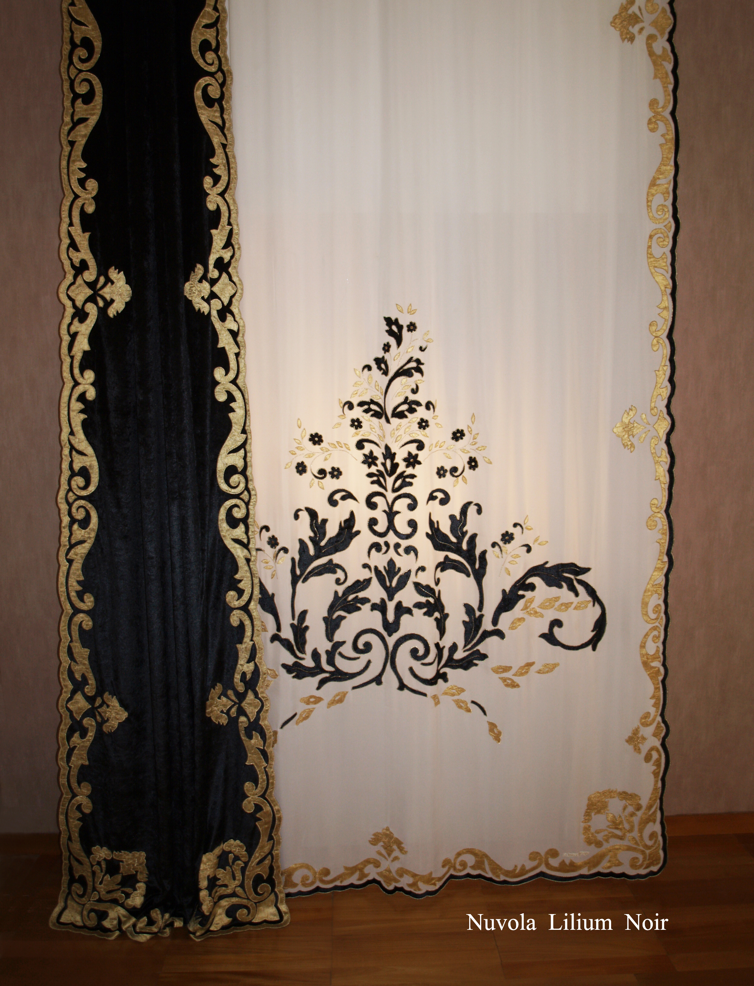 Nuvola Lilium georgette velvet Noir