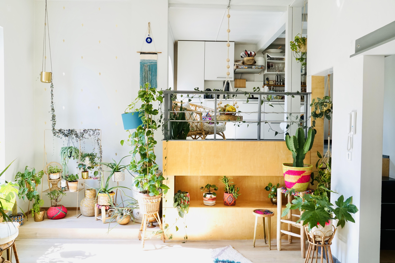 Empore Lounge mit Balkon-Flair.jpg