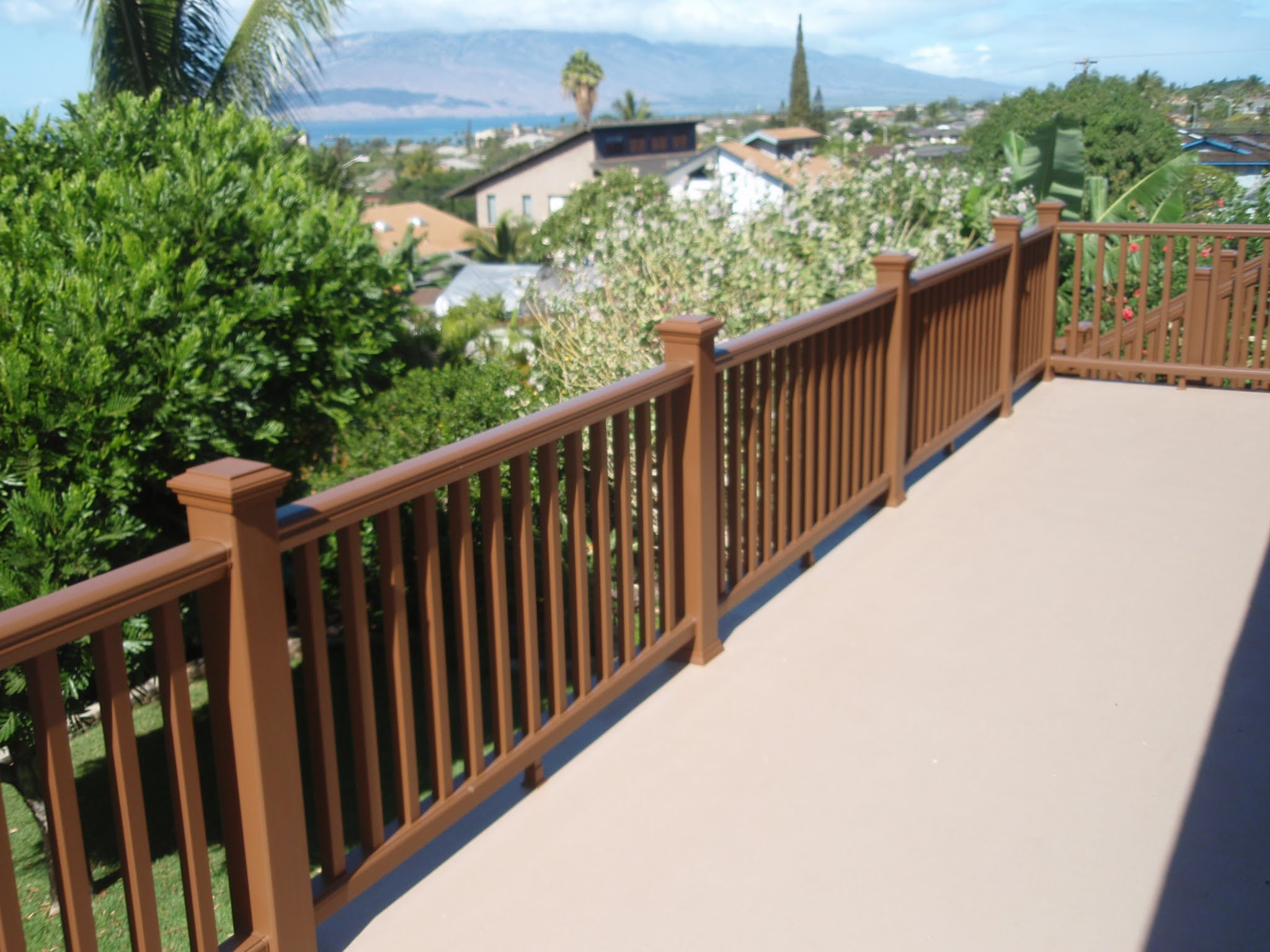 Now this is a deck you want to be on often to enjoy that ocean view !