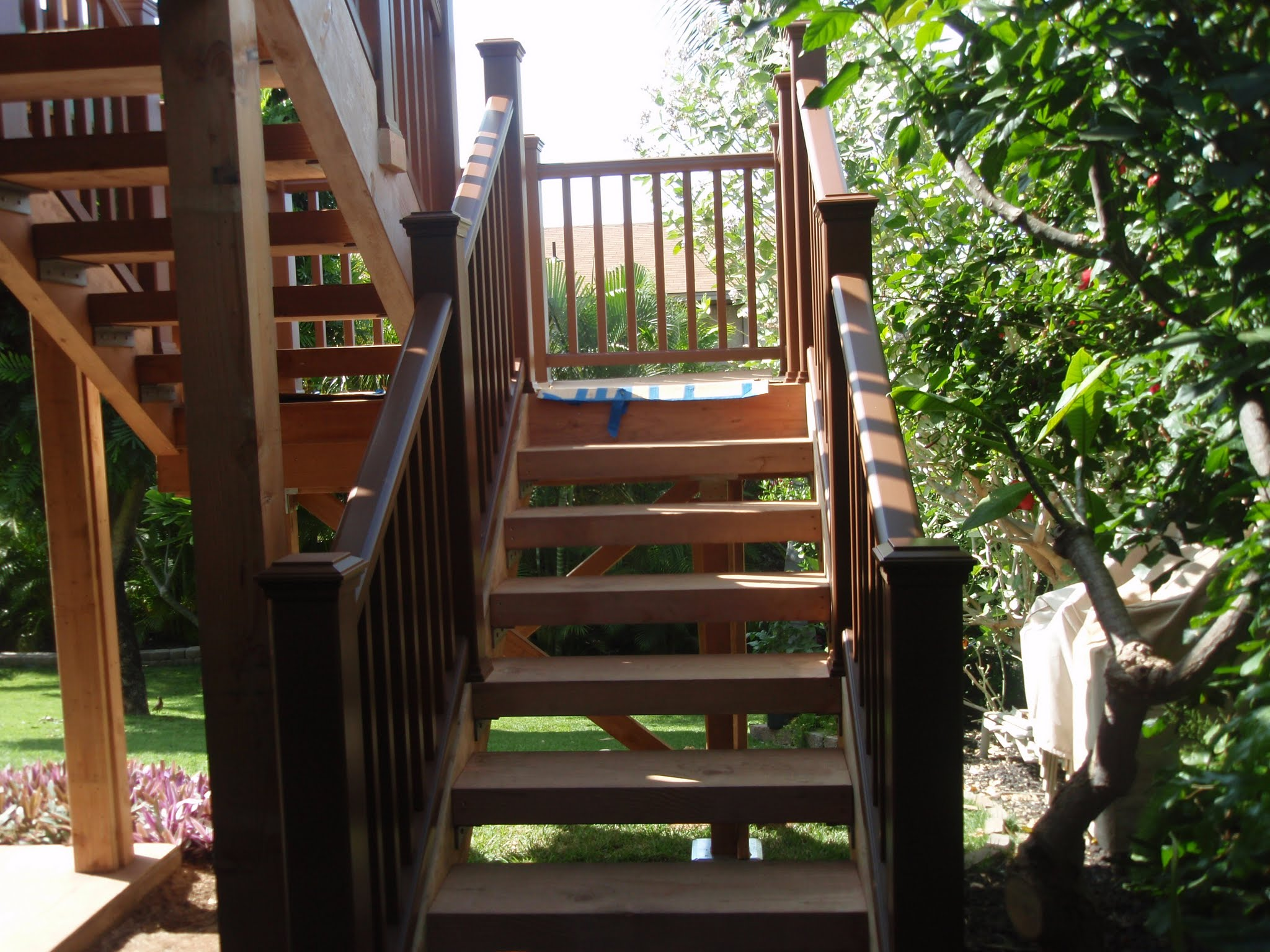 Trex railings are in on the stairway