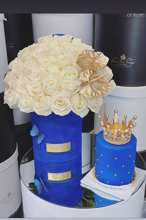 """King Style Flower in Medium Size and Cake in 4"""" tall"""