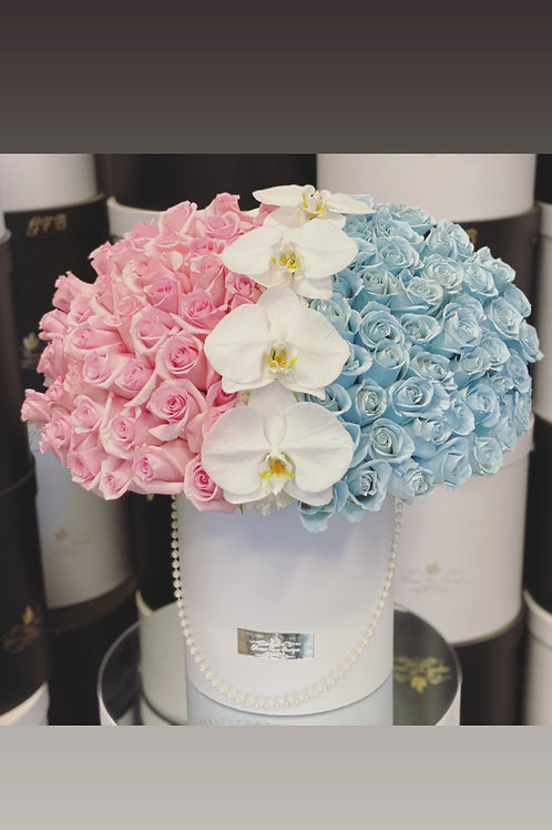 Gender Reveal large Bouquet In Half and Half