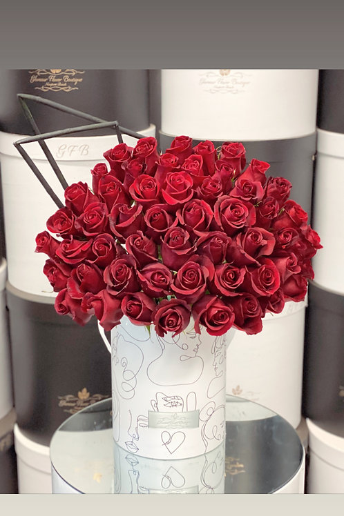 Modern Style Red Roses box