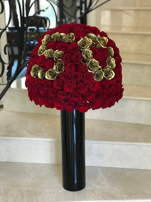 Huge Roses Arrangement with Gold Roses Numbers