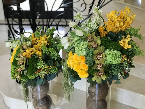 Rastic Style Flower arrangements in two level Sizes, extra large.