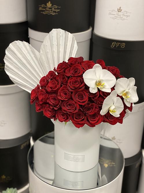 Medium Size Roses with Corner Orchids