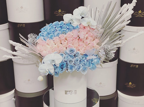 Large Size Gender reveal Bouquet with Touchup Silver color