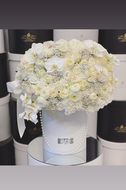 Large Size Flower Arrangement in all White