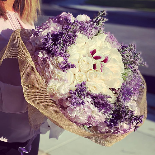 Extra Large Hand Bouquet