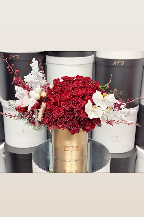 Christmas Arrangment in Medium Size with Gold Box