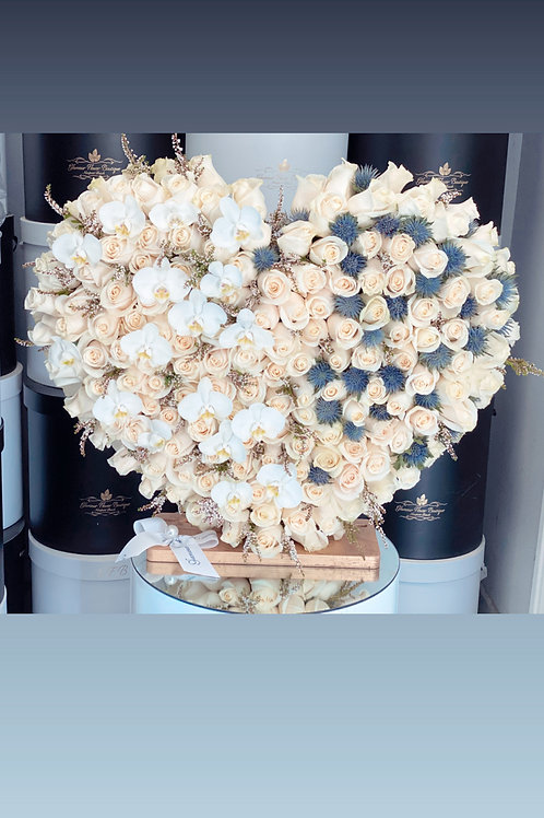 All White color with Blue Touchup Heart Stand in 25""
