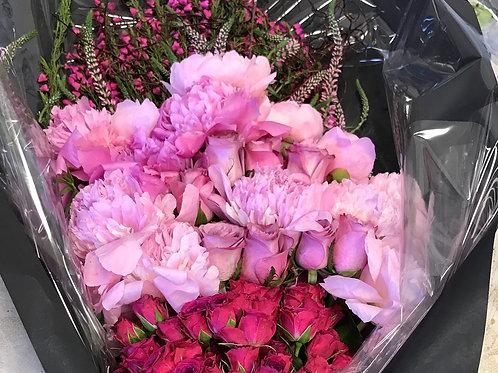 Large Hand Bouquet