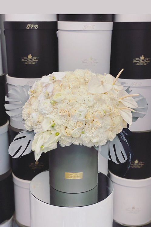 Large Size Mixed Flower Bouquet in Gray and White