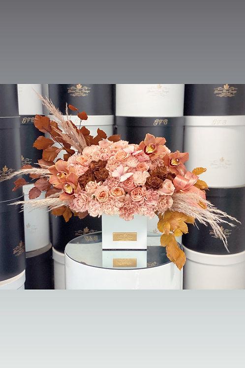 Designer Fall arrangement Pick in Medium Size