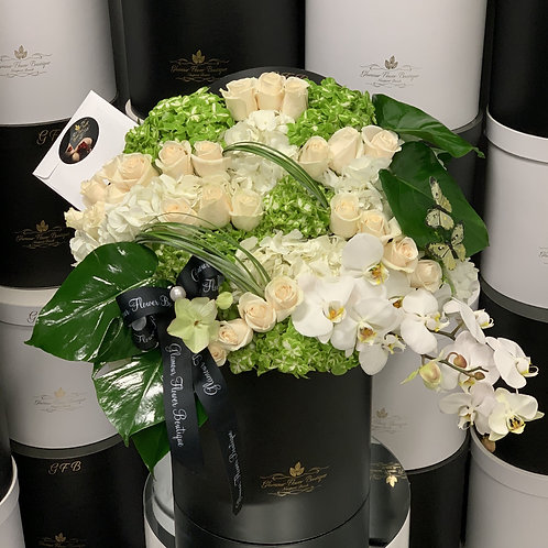 Extra Large Green and white Flower Arrangement