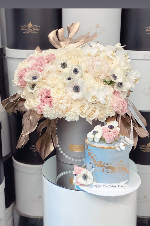 Large Flower Bouquet with Matching Cake