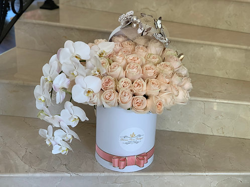 Large Size Roses with Orchids with Lady Hat decorations