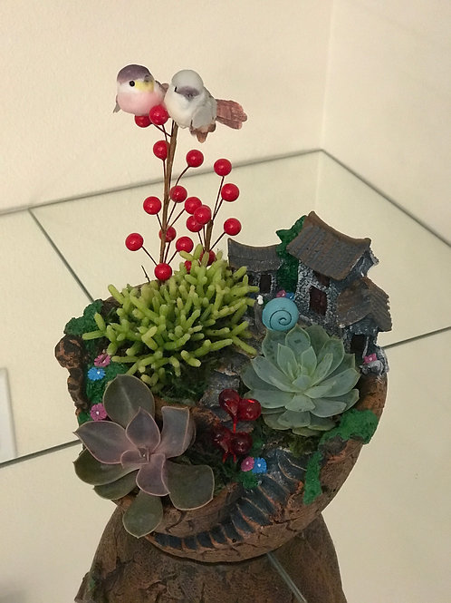 Small Succulent Design with Two Birds