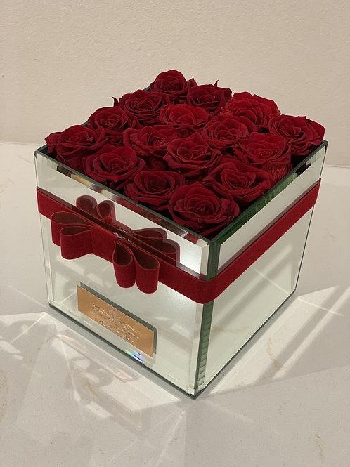 Medium Preserved Roses in Mirror Box