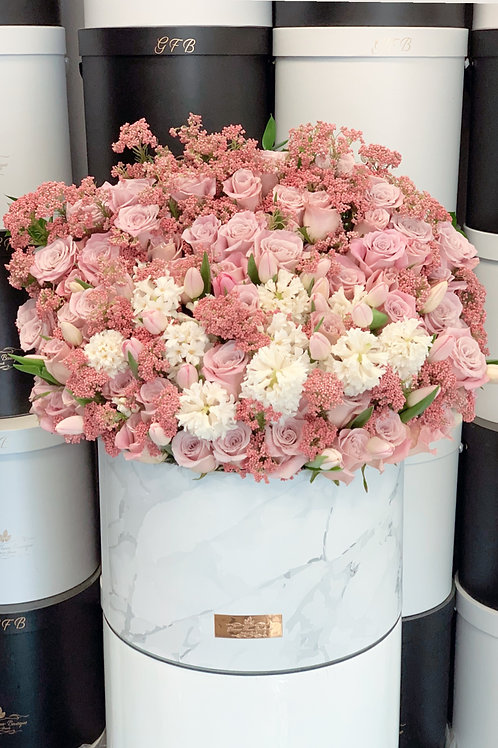 Extra Large Pink and White Arrangement