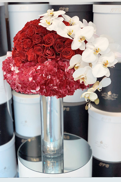 Extra Large Bouquet in Color Red and White