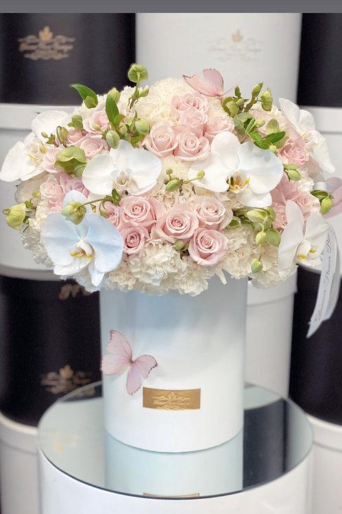Medium to Large Flower Arrangement with our Designer Taste