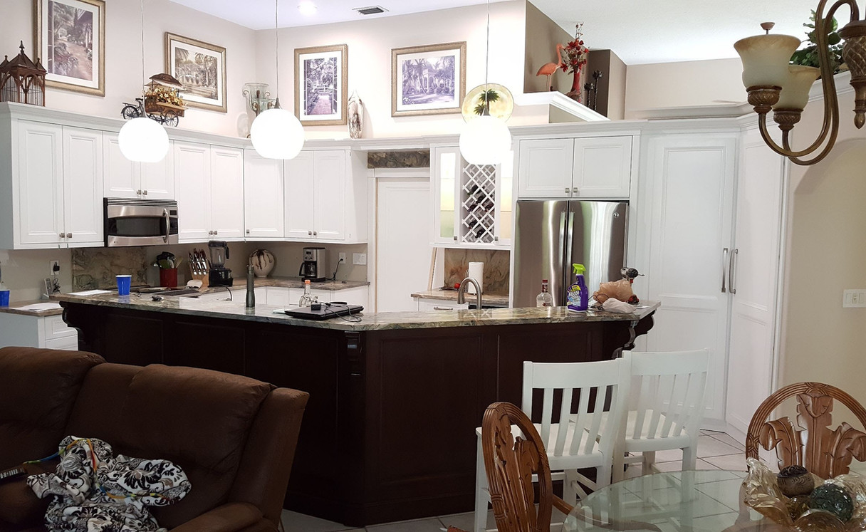 Small Kitchen, BIG Look!