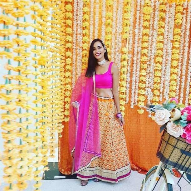 Utsav Fashion Lehenga Choli Worn By Sonali.Pagli