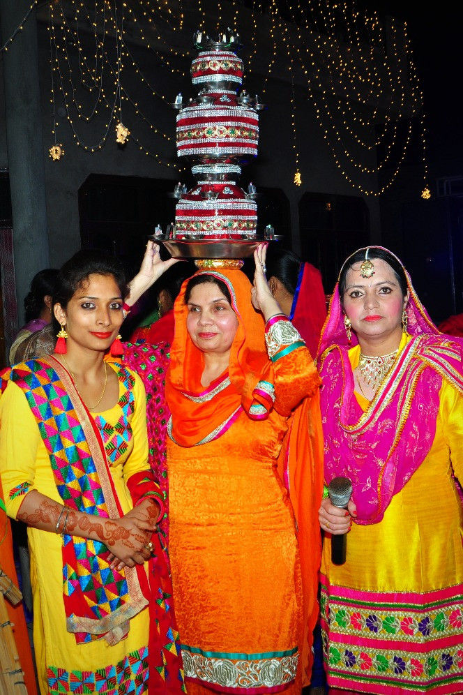 Jaago Celebrations Carrying The Khadaa