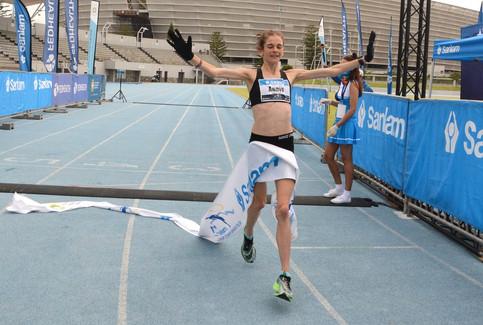 Made-for-TV Cape Town Marathon drama as Mothibi, Bothma win