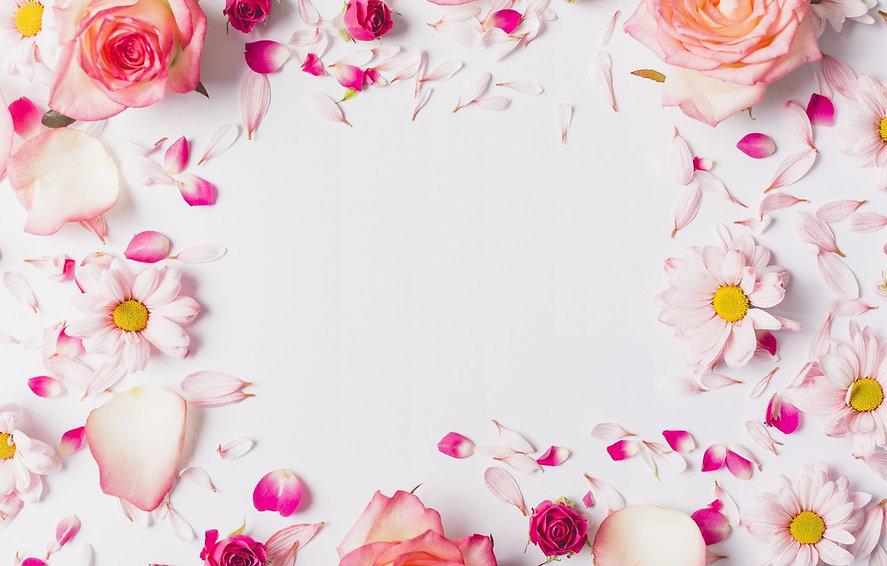 rose-rozovye-fresh-lepestki-pink-rozy-te