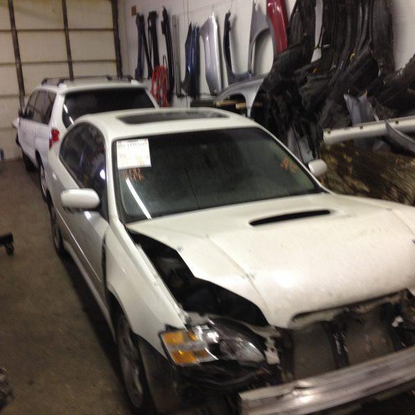 2005 Subaru Legacy GT front