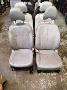 2009 Forester XT front seats