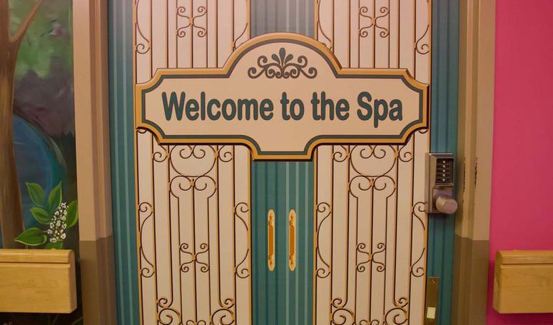 henley place spa door